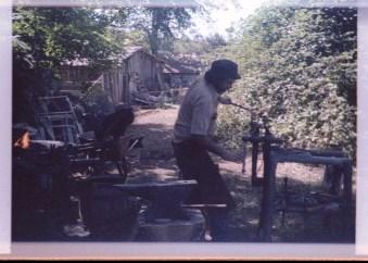 Blacksmithing003 (2)